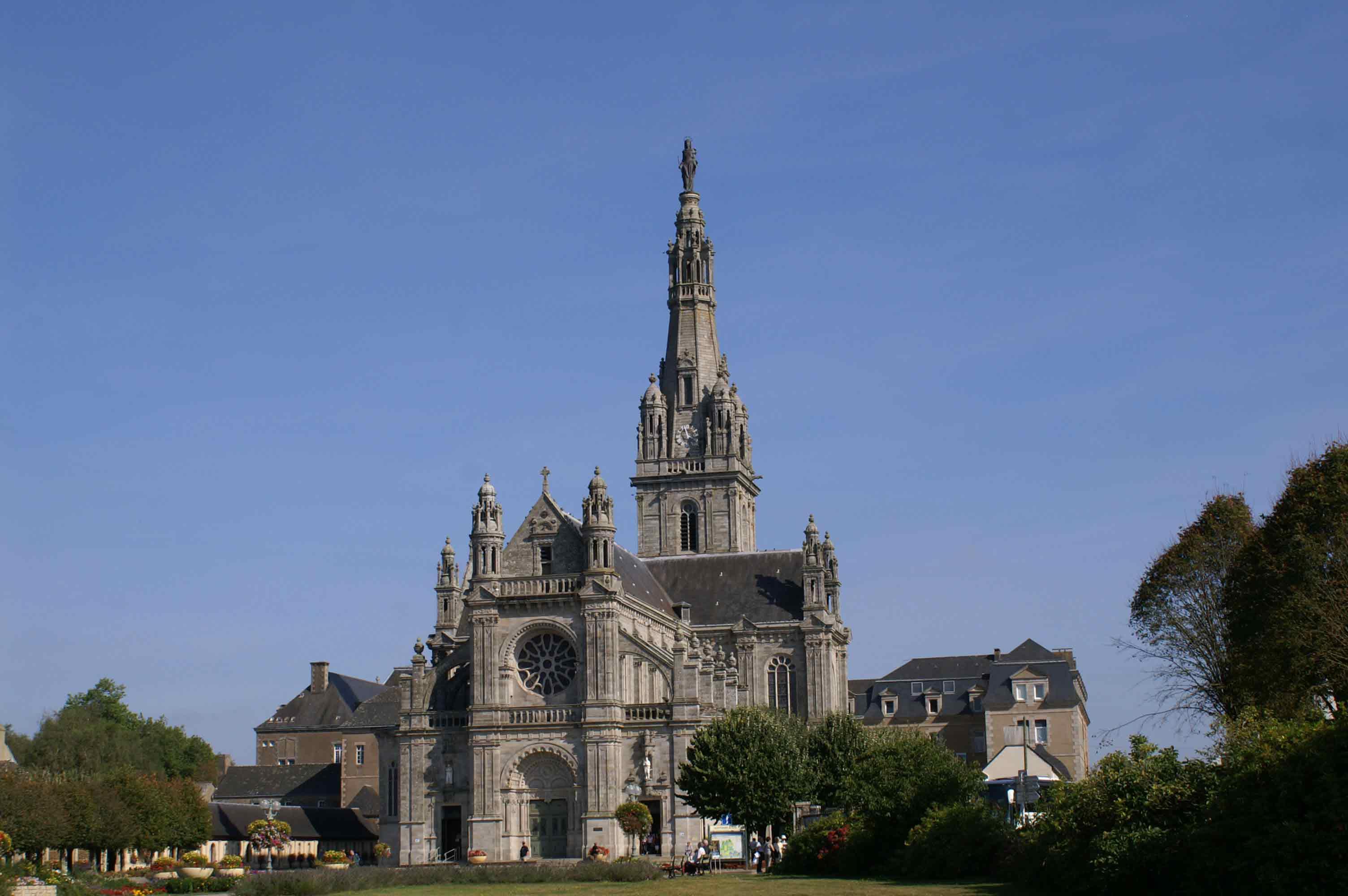 Le sanctuaire de Sainte Anne d'Auray